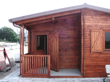 Casette di legno lavori finiti centumcellae news - Cassette da giardino ...