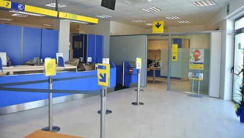 Ufficio Postale Poste Italiane : Riapre lufficio postale di via della monacella a s. severa